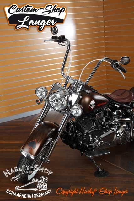 Softail Deluxe Umbau Psychobilly Custombike