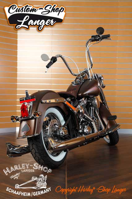 Softail Deluxe Umbau Psychobilly Custombike