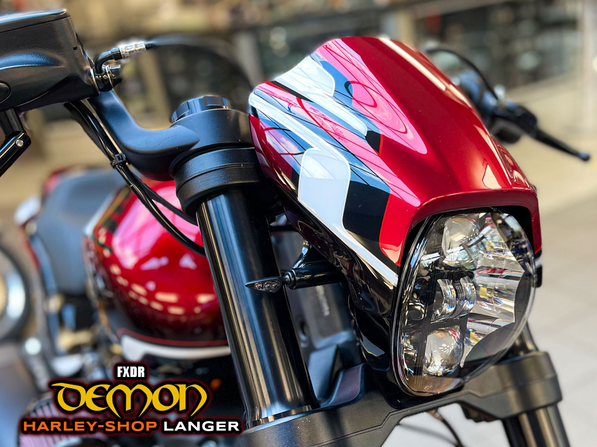 FXDR Demon Custombike - Umbau von Harley-Shop Langer