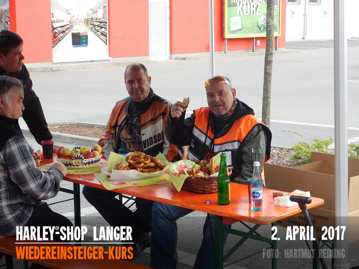 Harley-Shop-Langer-Wiedereinsteigerkurs-02-April-2017-00076
